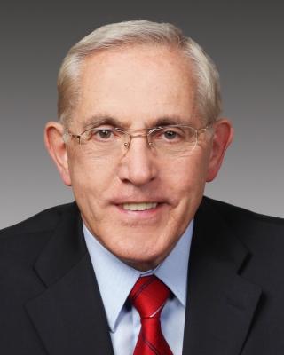 Headshot of the Minister of Infrastructure Bob Chiarelli